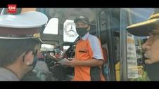 VIDEO: Petugas Hentikan Bus Angkut Pemudik Tujuan Jakarta