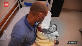 VIDEO: Kisah Anak Yang Selamat Dari Gempuran Israel