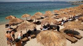 Ceria Turis Mancanegara Bisa Kembali Pelesir di Yunani
