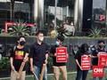 Protes TWK, Koalisi Bunyikan 'Tanda Bahaya' di Gedung KPK
