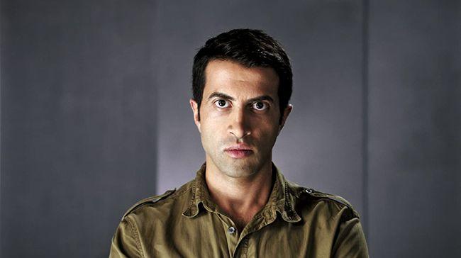Film The Green Prince mengisahkan bagaimana Mosab Hassan Yousef yang merupakan putra dari pendiri Hamas membelot menjadi mata-mata Israel
