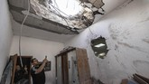 Serangan ratusan roket yang diluncurkan Hamas beberapa di antaranya berhasil menembus Iron Dome, sistem pertahanan super canggih Israel.