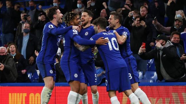 FOTO: Chelsea Menangi Duel Panas di Stamford Bridge
