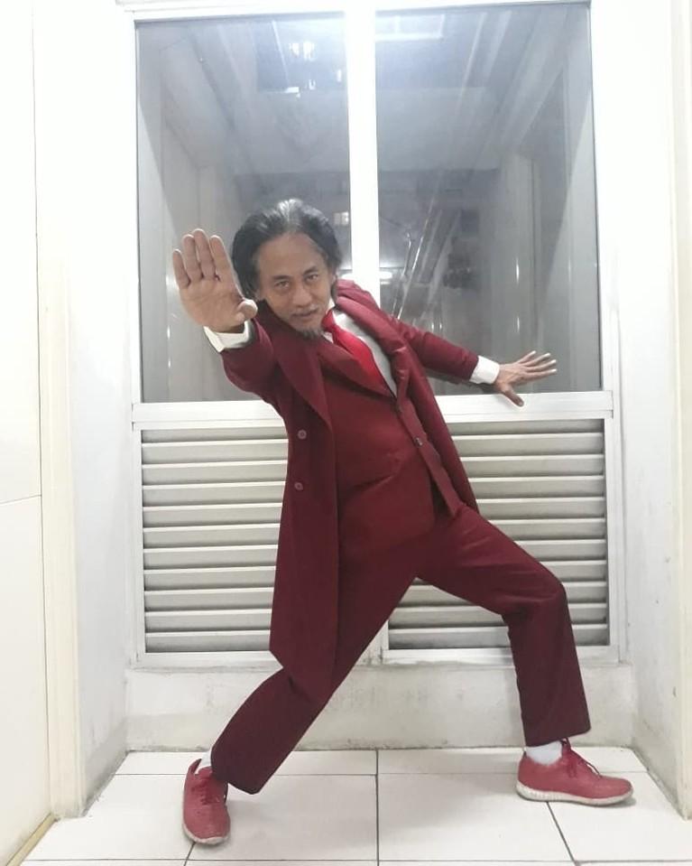 Sikap Epy Kusnandar saat dicegat pihak berwajib ketika mudik jadi sorotan. Yuk kita intip potret artis senior ini!