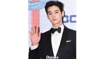 Selain menjadi idol, saat ini Cha Eun Woo juga aktif berkarier sebagai aktor yang berprestasi dan dicintai banyak orang / foto: instagram.com/koreadispatch