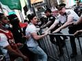 FOTO: Baku Hantam Pedemo Palestina dan Israel di Times Square