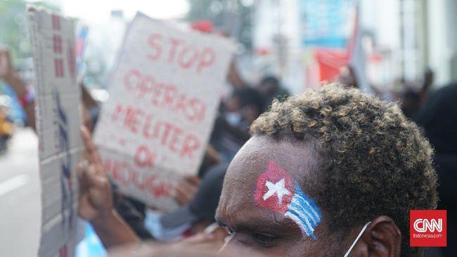Komnas HAM mencatat secara resmi kasus pelanggaran HAM di Papua. Kasus tersebut memakan korban jiwa, luka-luka, hingga cacat seumur hidup.