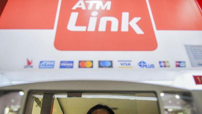 Konsumen mencabut laporan dugaan kartel oleh Himpunan Bank Milik Negara yang dilayangkan kepada Komisi Pengawas Persaingan Usaha (KPPU) beberapa waktu lalu.