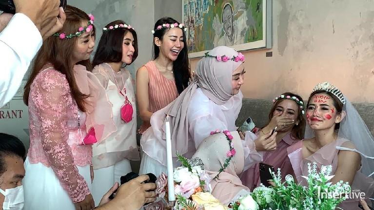 Bridal Shower Citra Monica
