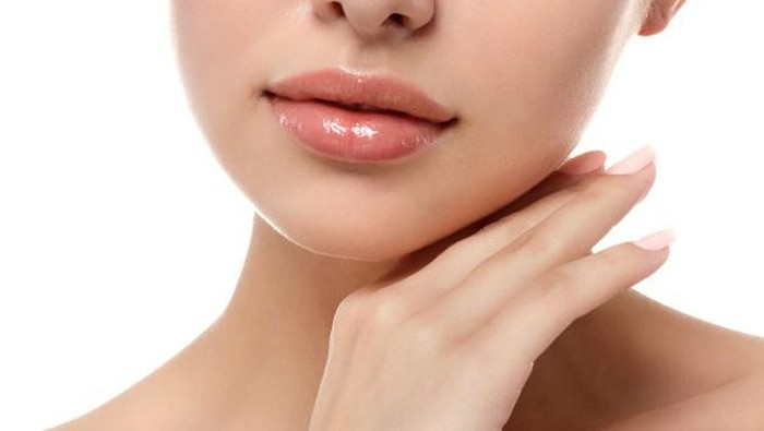 5 Tips Mudah Menjaga Bibir Kamu Tetap Lembut dan Halus