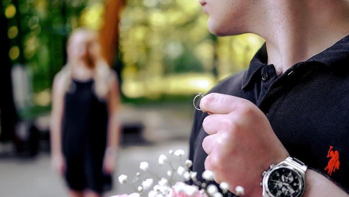 Biar Tidak Menyinggung Hatinya, Ini 5 Sikap Halus Menolak Cinta Seseorang