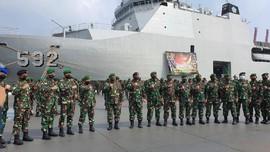 KRI Banjarmasin Angkut 400 Personel Pasukan Setan ke Papua