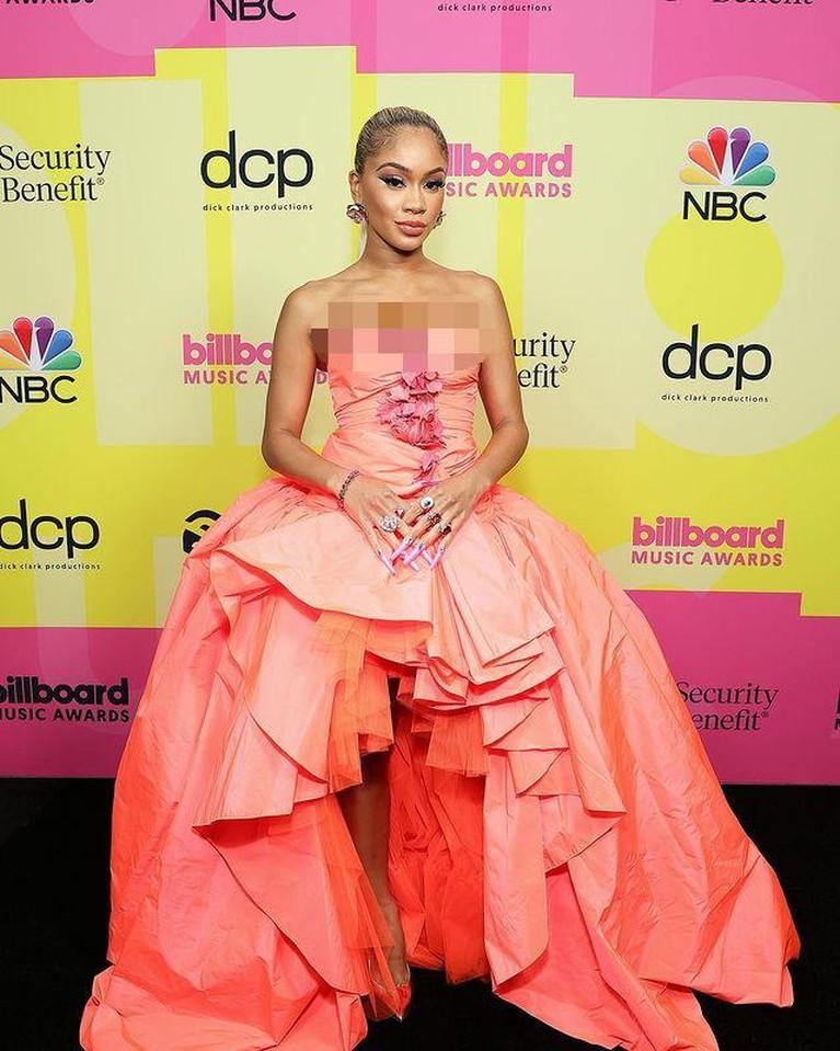 Style Para Artis Hollywood di Billboard Music Awards
