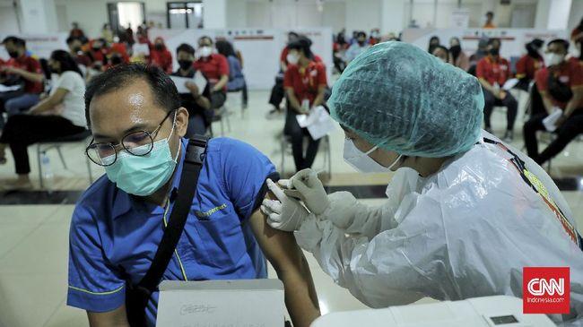 Kemenkes menyatakan vaksin corona jenis AstraZeneca memiliki efikasi yang tinggi bagi lansia dan pemilik penyakit penyerta (komorbid).