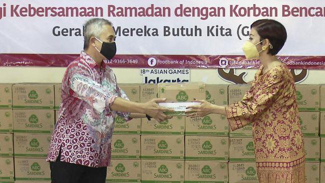 PT Heinz ABC Indonesia (Heinz ABC) menyalurkan bantuan kepada 110.000 keluarga yang menjadi korban bencana melalui gerakan ABC Berbagi Kebersamaan Ramadan.