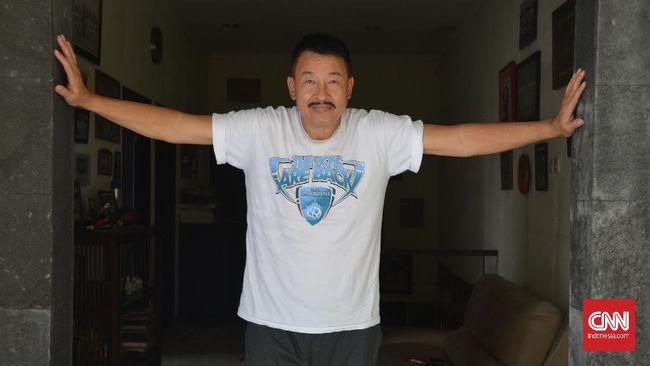 Hermansyah, mantan kiper andalan timnas Indonesia yang selangkah lagi bisa membawa Indonesia lolos ke putaran final Piala Dunia 1986 di Meksiko.