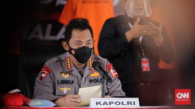 Kapolrestabes Surabaya, Kombes Pol, Johny Edizzon Isir dan Kapolres Pelabuhan Tanjung Perak, AKBP Ganis Setyaningrum dimutasi berdasar Telegram Kapolri.