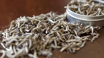 Pernah dengar white tea atau teh putih? Indonesia juga punya white tea lokal yang premium. Tapi apa itu white tea?