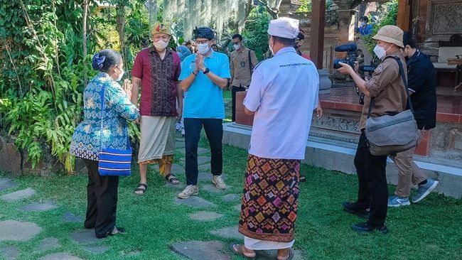 Menparekraf Sandiaga Salahuddin Uno mengajak masyarakat Bali untuk ikut serta dalam ajang Anugerah Desa Wisata 2021.