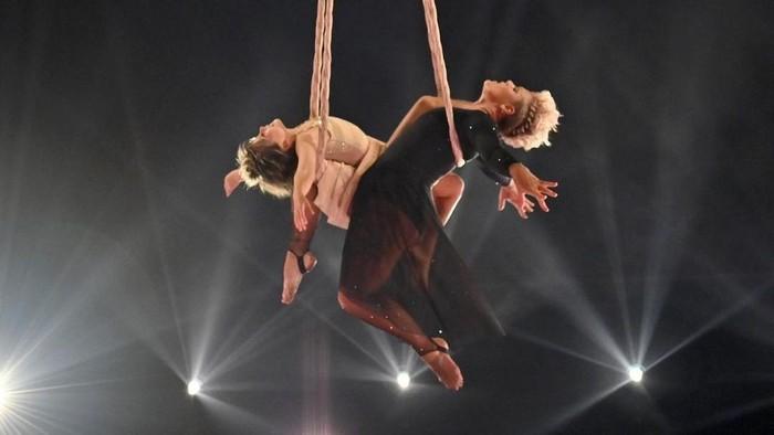 Momen Ikonik Pink di Bilboard Music Awards 2021 yang Bikin Gagal Move On