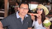 <p>Aktris 50 tahun itu tak pernah absen mengunggah foto kebersamaan mereka di laman Instagram pribadi. Seperti ketika menghabiskan waktu dengan pergi berlibur. (Foto: Instagram: @dps_diahpermatasari)</p>