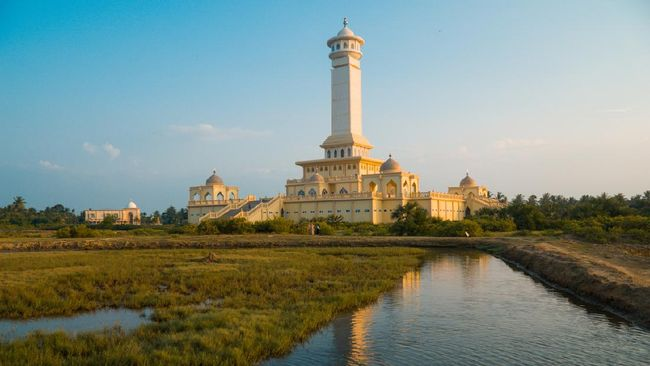 Samudera Pasai adalah kerajaan Islam pertama di Indonesia yang terletak di Aceh. Berikut serajah Kerajaan Samudera Pasai.