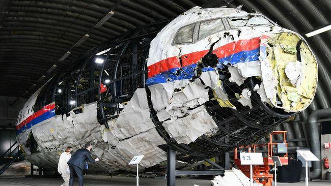 Hakim pengadilan Belanda meyakini pesawat Malaysia Airlines MH17 jatuh karena dihantam rudal Rusia.