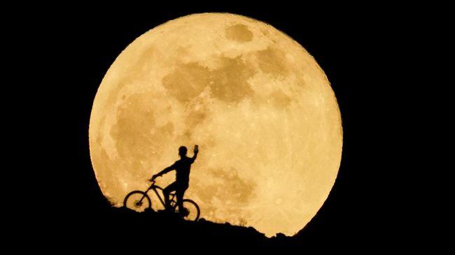 Peneliti mengungkap soal fakta gunung berapi yang ada di Bulan hasil meneliti batuan Bulan yang berusia 2 miliar tahun yang dibawa misi China.