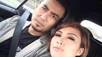 <p>Penyanyi Rio Febrian telah membangun rumah tangga bersama Sabrina Kono selama 11 tahun. Keduanya menikah pada 3 Februari 2010 silam, Bunda. (Foto: Instagram: @riofebrian25)</p>