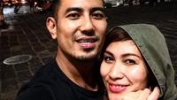 <p>Pelantun Jenuh membangun sebuah rumah di kawasan Mlati, Sleman. Ia dan Sabrina begitu menyukai suasana Yogyakarta yang penuh nostalgia. (Foto: Instagram: @riofebrian25)</p>