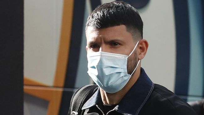 Sergio Aguero telah tiba di Barcelona dan menjalani pemeriksaan medis di sebuah klinik di Barcelona, Senin (31/5).