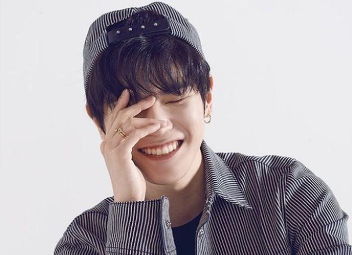 Taeyong sungguh idola yang rendah hati. Ketika ditanya mengenai tujuan hidup, ia ingin menjadi seseorang yang bahagia. Pantas saja Taeyong sangat dicintai oleh para penggemarnya. / foto: instagram.com/koreadispatch