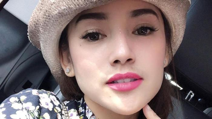 Gaya Makeup Citra Monica, Istri Ifan Seventeen yang Memesona