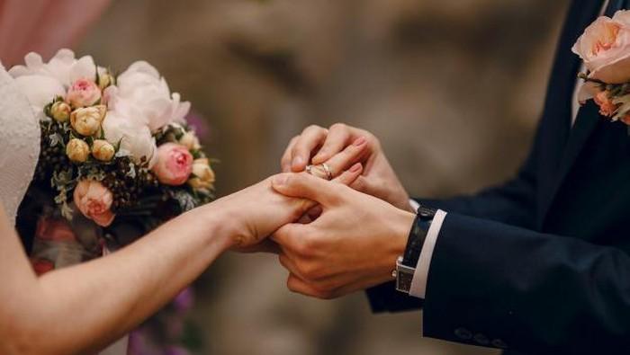8 Hal Sensitif Namun Wajib Ditanyakan Sebelum Menikah