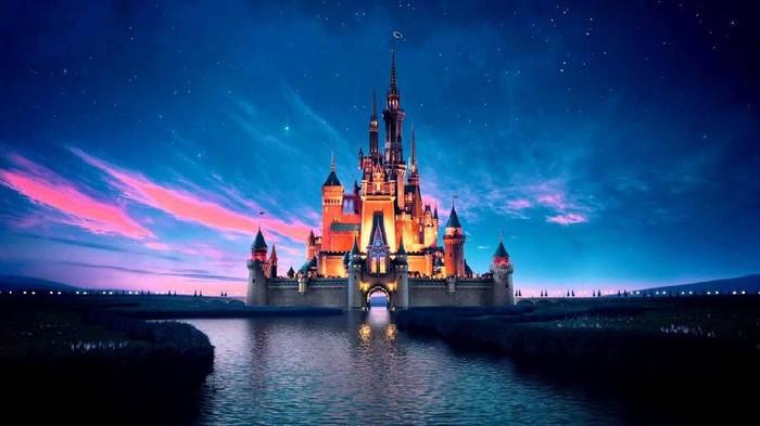 Rekomendasi Film Disney Tahun 2021 yang Cocok Ditonton Bareng Keluarga