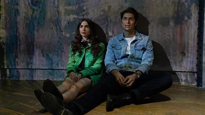 Ada 3 Pemain Baru dalam Emily in Paris Season 2, Gabriel Dapat Saingan!