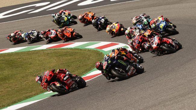 MotoGP Catalunya 2021 bisa disaksikan secara live streaming melalui CNNIndonesia.com, Minggu (6/6).