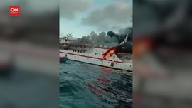VIDEO: SAR Cari Korban Hilang Kapal Terbakar di Laut Maluku