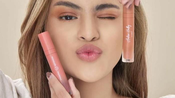Multifungsi, Ini Rekomendasi Lip Cream 3-in-1 Lokal yang Wajib Kamu Punya