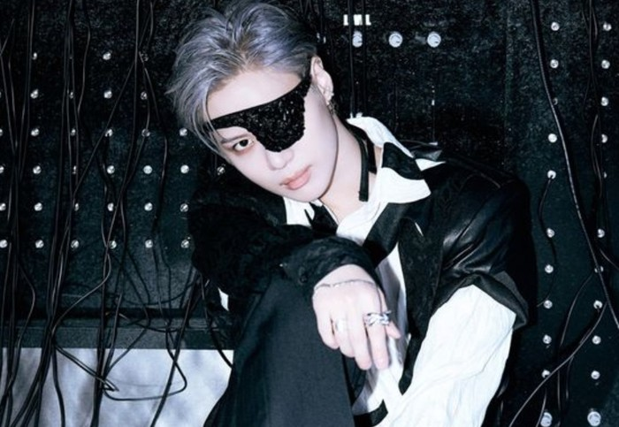 Perkembangan dan usaha kerasnya sebagai seorang idol patut diacungi jempol. Di awal debut, Taemin merupakan anggota dengan part menyanyi paling sedikit. Namun pada tahun 2014, ia membuat gempar para fans dengan kabar debut solo-nya / twitter.com/shinee