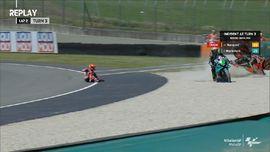VIDEO: Deretan pembalap jatuh di MotoGP Italia