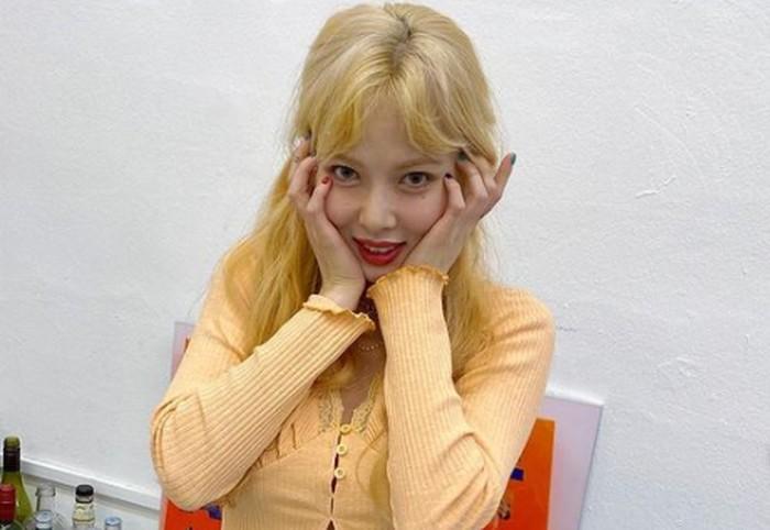 Mantan anggota wonder girls dan 4minute ini memang sudah sukses berkarier solo sejak masih tergabung dalam grup. HyunA punya lagu-lagu ceria bernuansa summer, yang dilantunkan dengan rap uniknya / foto: instagram.com/hyunah_aa