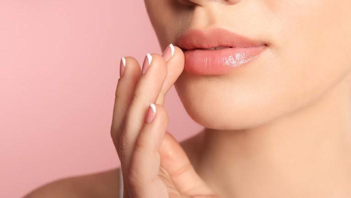 Rekomendasi 8 Masker Bibir Terbaik, Ampuh Mencerahkan dan Melembabkan Bibir