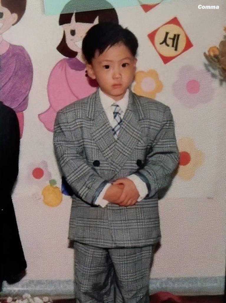Potret masa kecil para member BTS sangat menggemaskan. Yuk kita lihat siapa yang paling lucu!