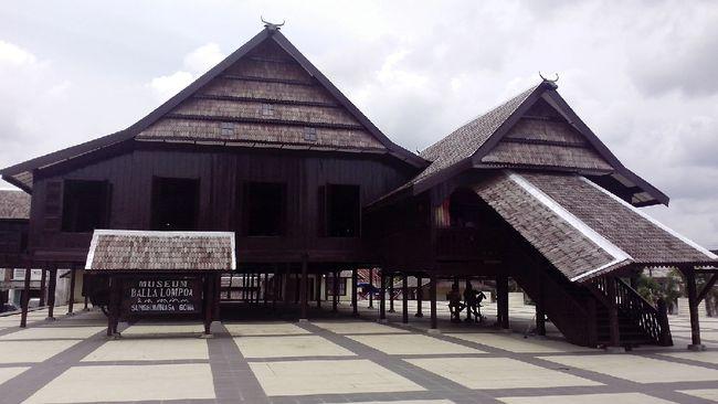 Meskipun disebut perjanjian perdamaian, isi Perjanjian Bongaya adalah deklarasi kekalahan dari VOC dan menjadi awal keruntuhan Kerajaan Gowa.
