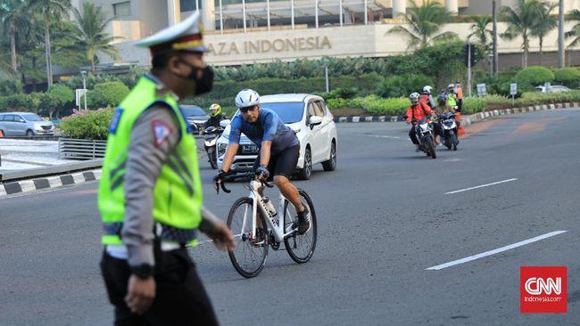 警察 が制裁を調査: 現場で、自転車とID カードの押収!