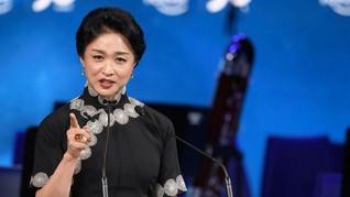 Dior Gandeng Transgender China sebagai Brand Ambassador
