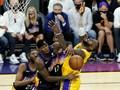 FOTO: Lakers di Ujung Tanduk