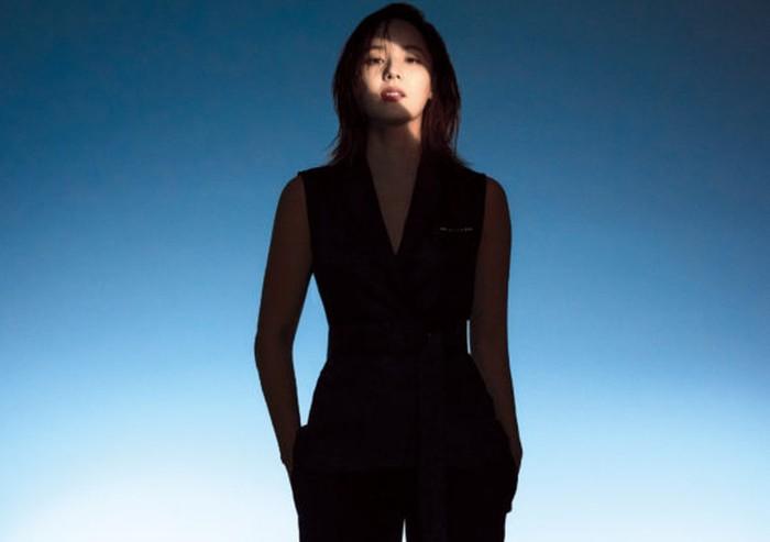 Tahun 2011, Eugene resmi dipersunting oleh aktor Ki Tae Young. Keduanya menjalin hubungan setelah terlibat cinta lokasi di drama Creating Destiny. Setelah menikah dan dikaruniai dua anak, Eugene masih eksis berkarier / foto: wkorea.com