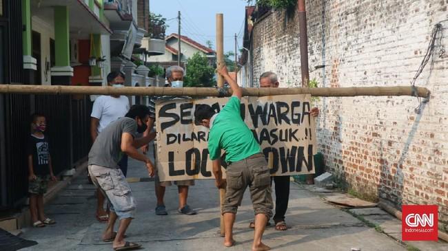 'Gas-Rem' Jokowi Tak Efektif, Pakar Serukan Lockdown Regional